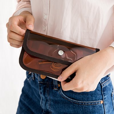 코이 BUTTON CLUTCH X WALLET (2 color)